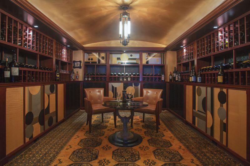 Chair & panels Wine Cellar